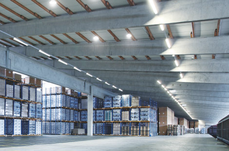 LED luminaires in industry halls